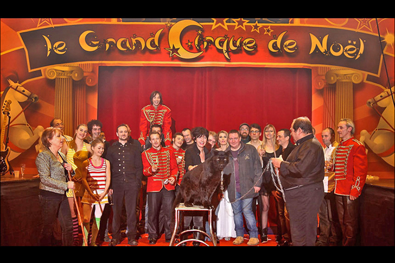 La troupe du Grand Cirque de Noël
